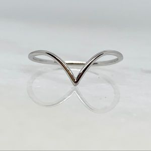 Solid 14k white gold chevron stackable band ring